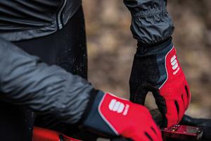 Sportful WindStopper Thermo rukavice červené/čierne