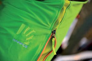 Karpos FREE SHAPE STONE kraťasy zelené