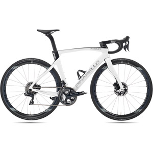 Pinarello DOGMA F12 DISK DURA ACE 11s FULCRUM RACING WIND 400 DB